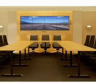 Ultra Narrow Bezel Seamless LCD Video Wall Indoor Splicing Screen 49'' For Conference Room
